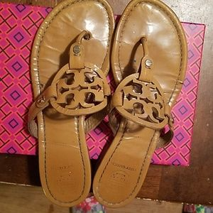 Tory Burch Millers size 8